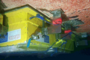 underwater cleanhull