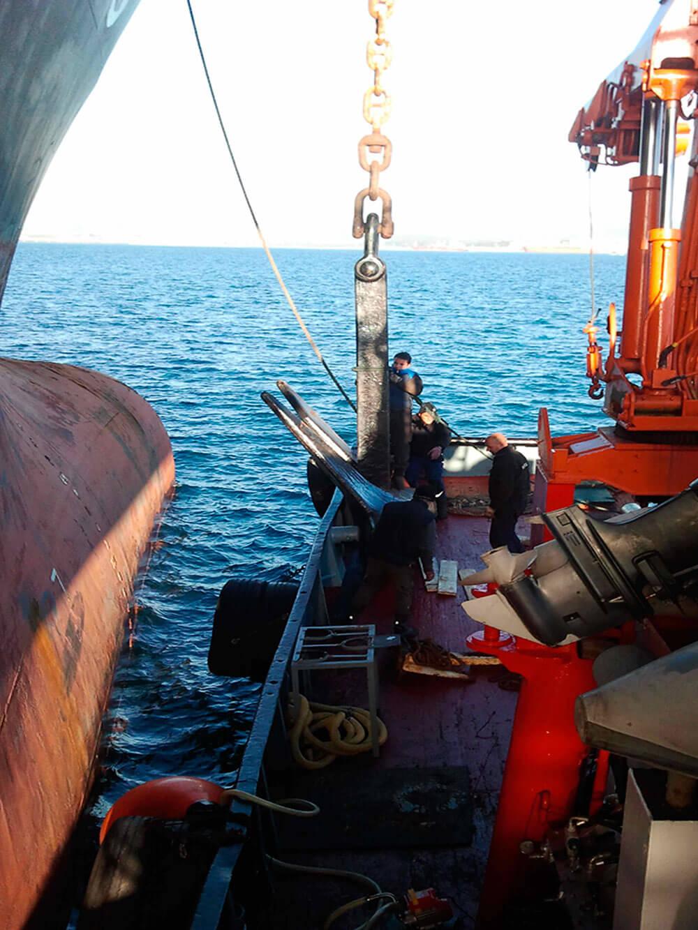 anchor recovery in algeciras bay